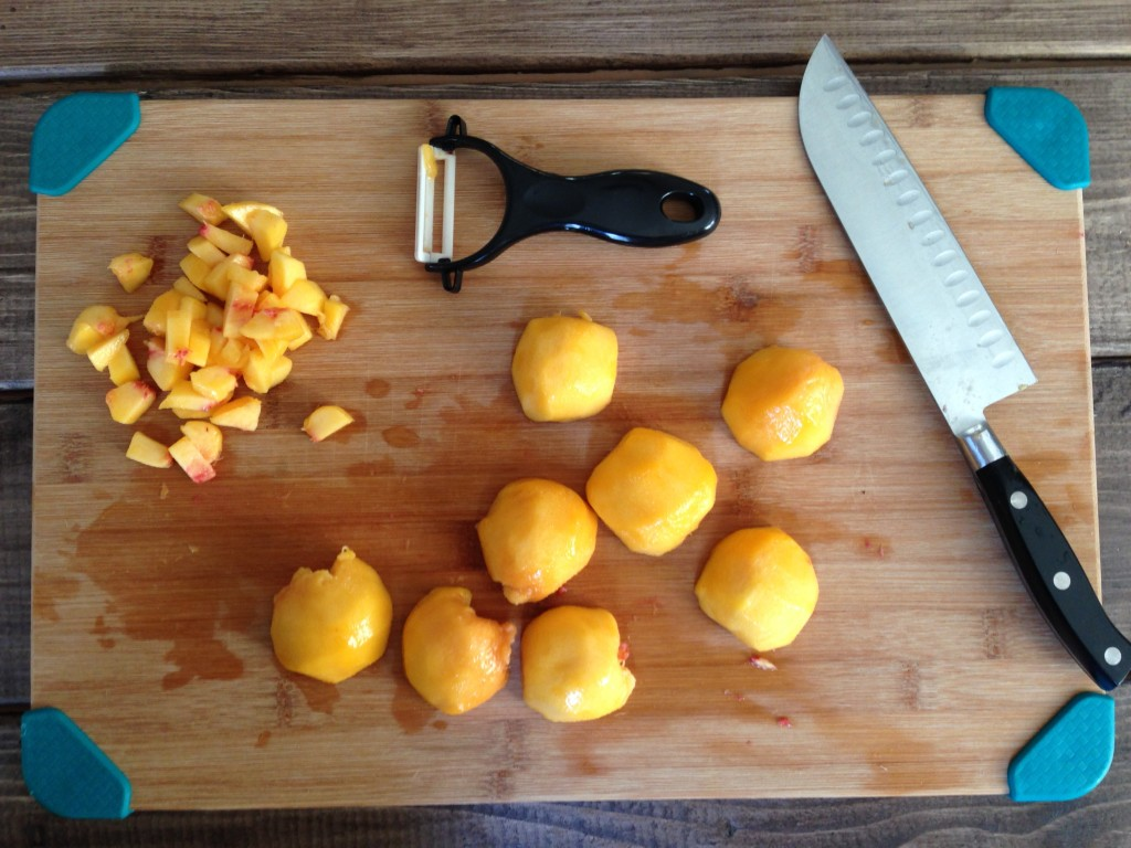 Chopping up peaches