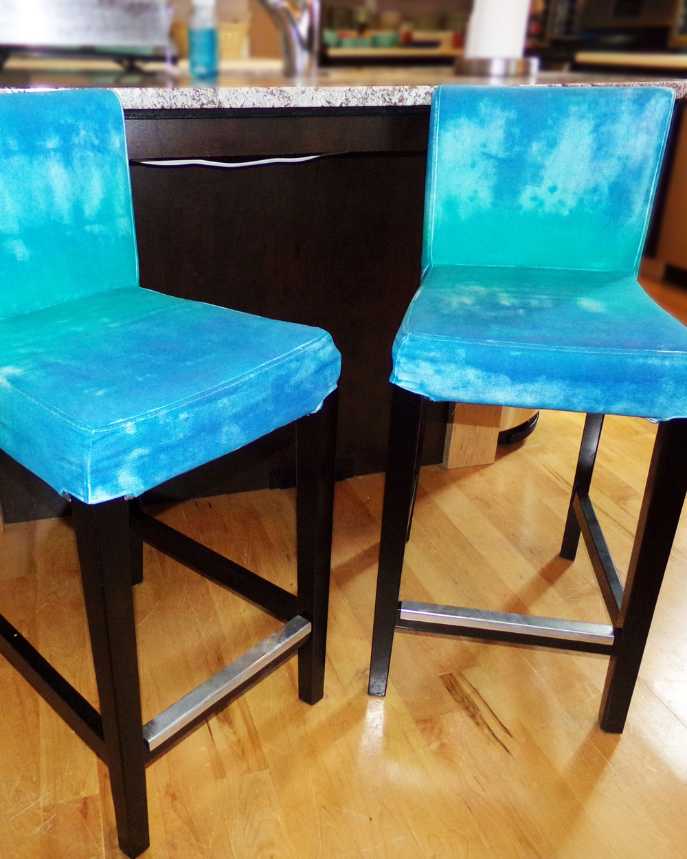 Final reveal of bar stool
