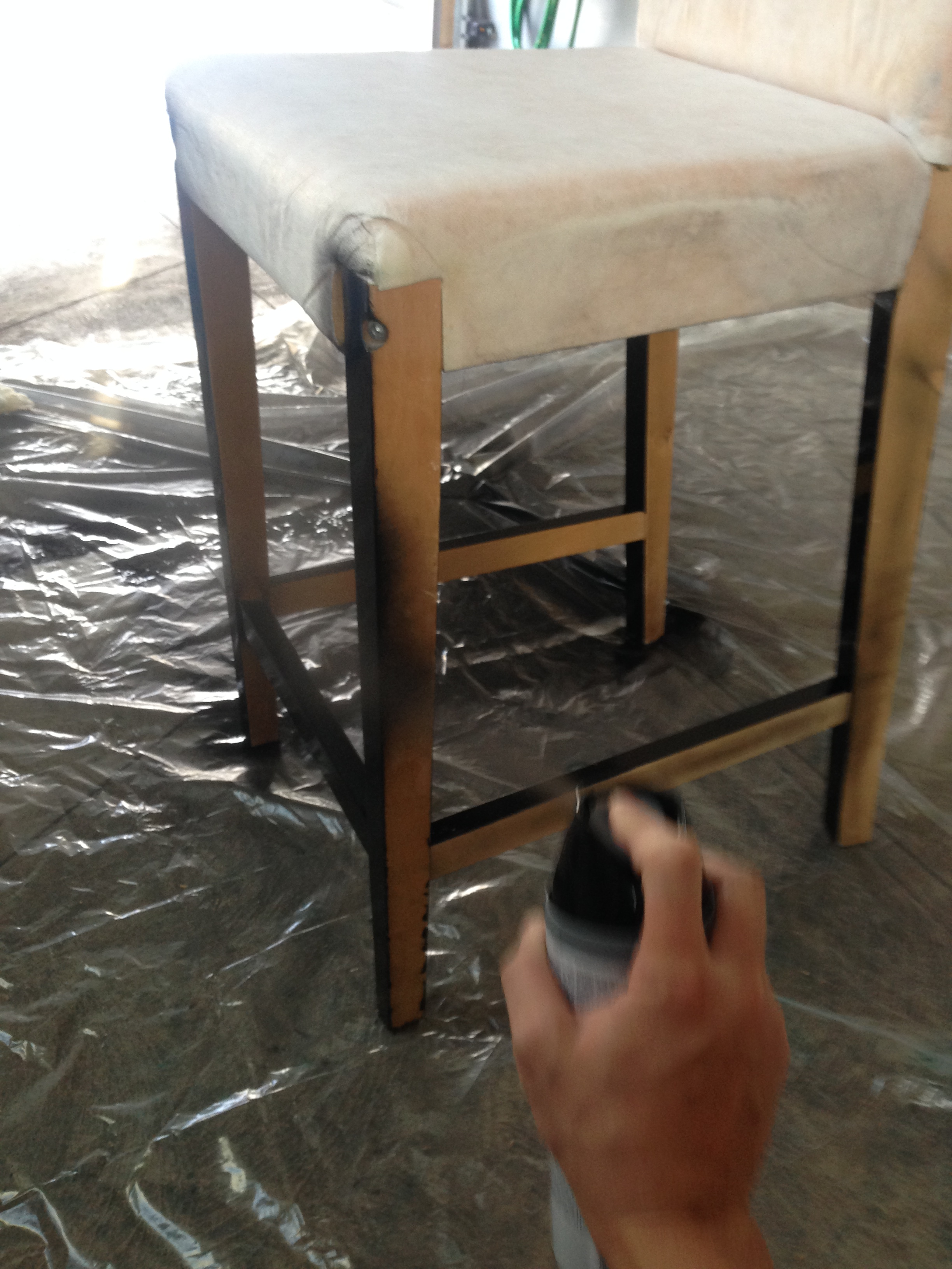 Spray painting my bar stool